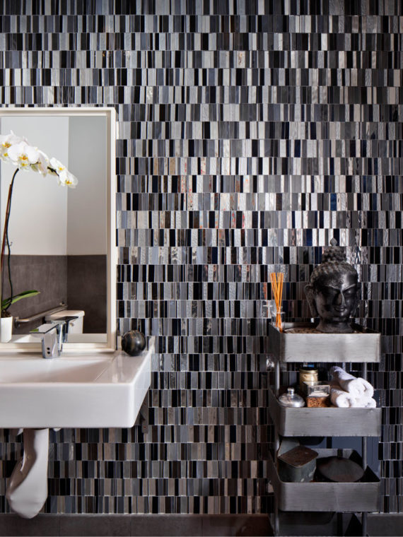 Commercial04-mosaic-black-mirror-metallic