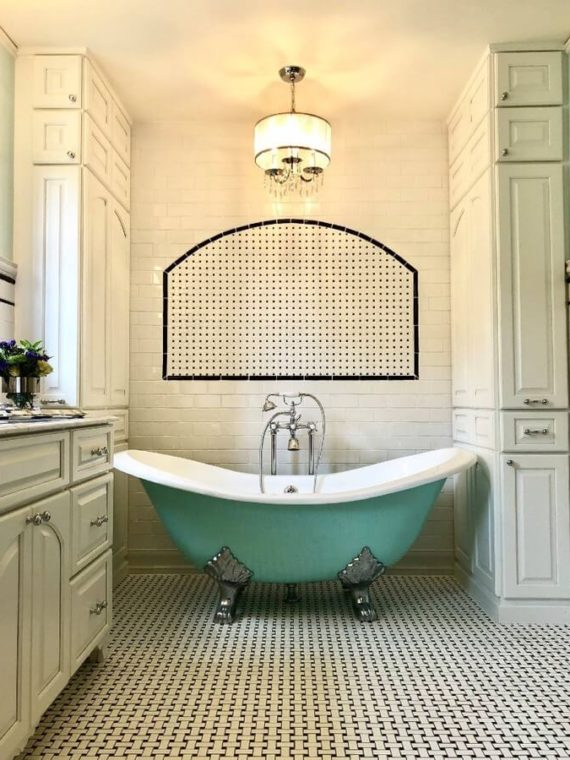 The Tura – Cast Iron Double Slipper Clawfoot Tub with AQUEDUCT BLUE Exterior